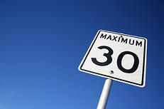 maximum 30 sign