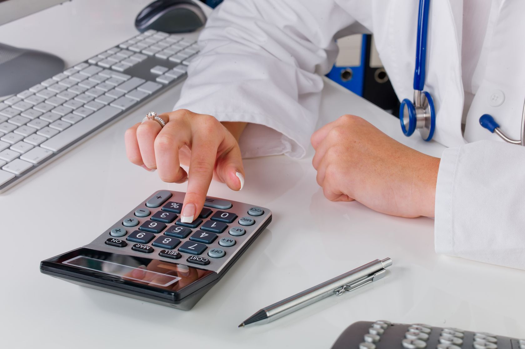 Medical Device Tax Renews January 1, 2018: Are you ERP ready?